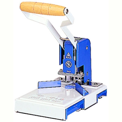 Image for GOLD SOVEREIGN DESKTOP CALENDER CUTTER KIT from Page 5 Office National